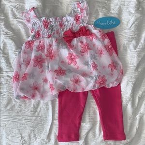 NWT Baby Girl 6-9 months Floral Outfit